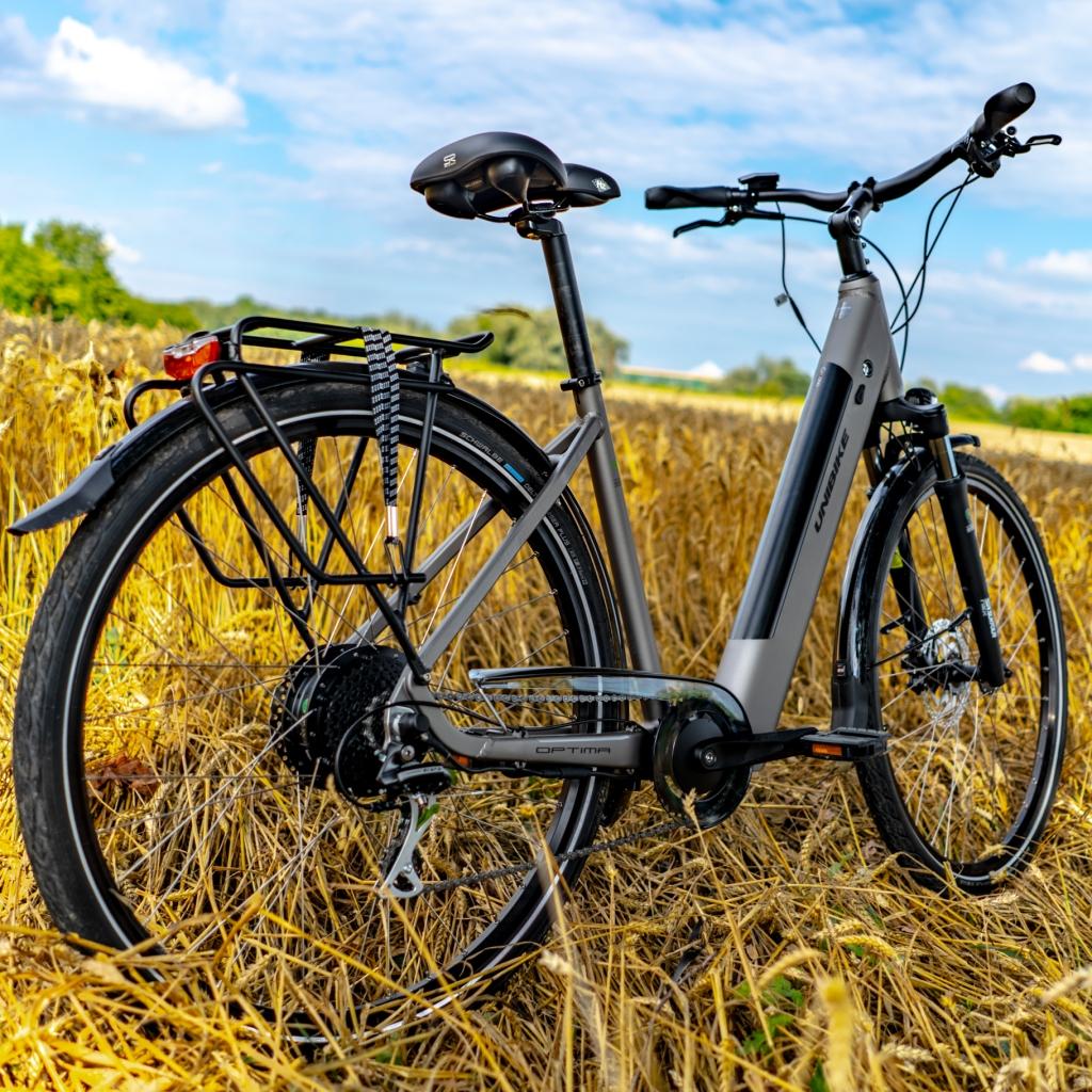 miejski rower elektryczny Unibike Optima z bagażnikiem
